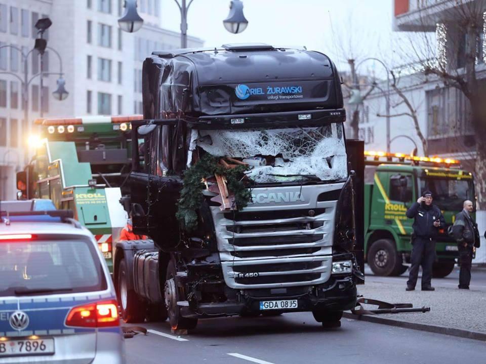 ariel-zurawski-jewish-israel-berlin-truck-owner